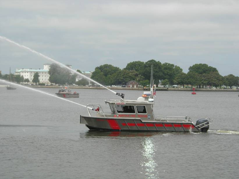 The Thomas Kevill, MetalCraft Marine Firebrand 30 for Norfolk, VA Fire-Rescue.