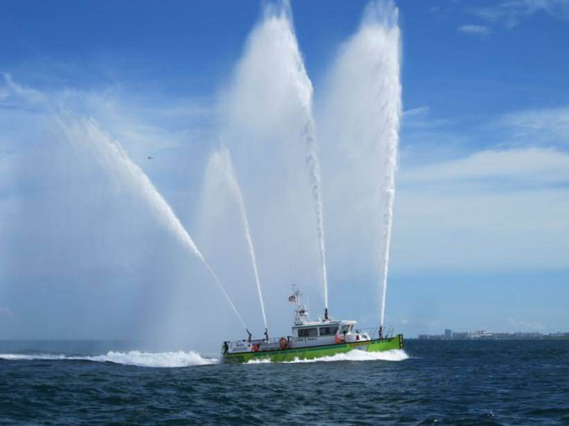 This High Speed, high pump-capacity Aluminum FireStorm fireboat is serving in <strong>Miami-Dade County</strong>.
